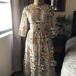 Dresses & Skirts - Yellow Floral Appliqué Mesh Midi Dress Size Small